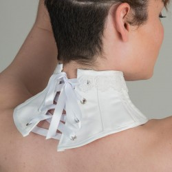 White satin neck corset with guipure - back