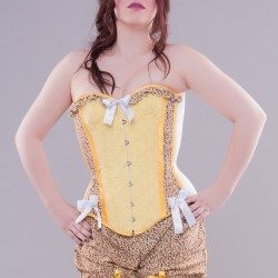 Floral yellow overbust corset with print and embroidery - look
