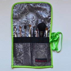 Multi-color print brush case with brushes